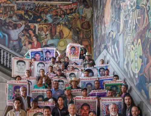 Reunión con el presidente y los padres de los 43 estudiantes de Ayotzinapa desaparecidos en Iguala, Guerrero